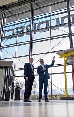 Volksbank Weinheim und Joachim Goldbeck von Goldbeck Solar GmbH